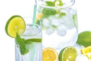 Bere molto e mangiare in modo sano